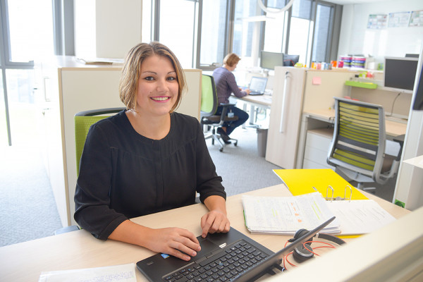 Mélanie Lohues: un apprentissage diversifié au sein du Groupe Roullier.